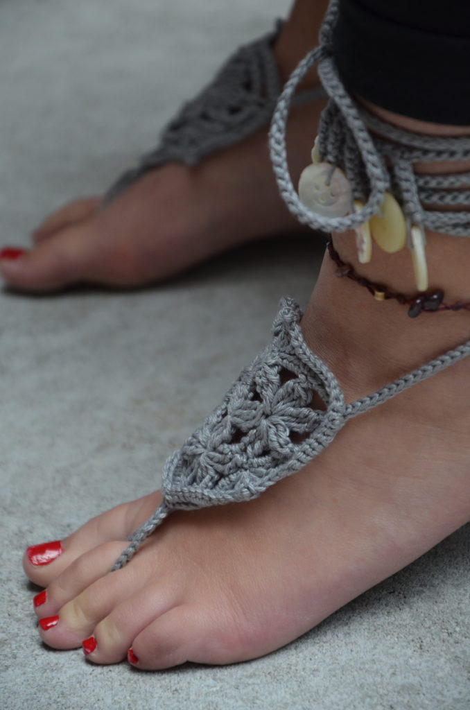Barefoot sandals grey